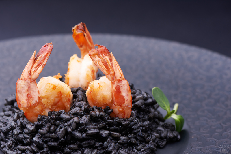 shrimp with black risotto